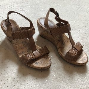 Cherokee - Women's Khaki Wedge Shoes  - Size 5